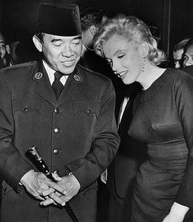 Sukarno dan Marylin Monroe.