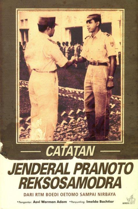 Sampul Buku Catatan Jenderal Pranoto Reksosamodra. Foto di sampul itu ia bersalaman dengan Soeharto.