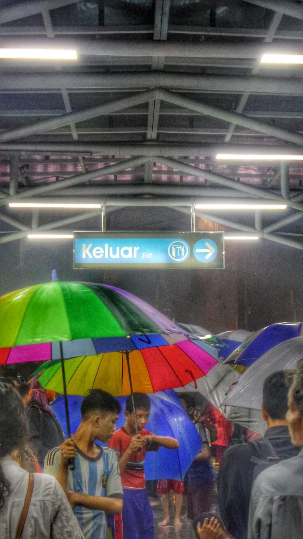 ojek payung di Bogor - Agus Hidayat