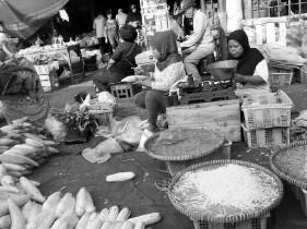 Lapak sayur di Pasar Palmerah.